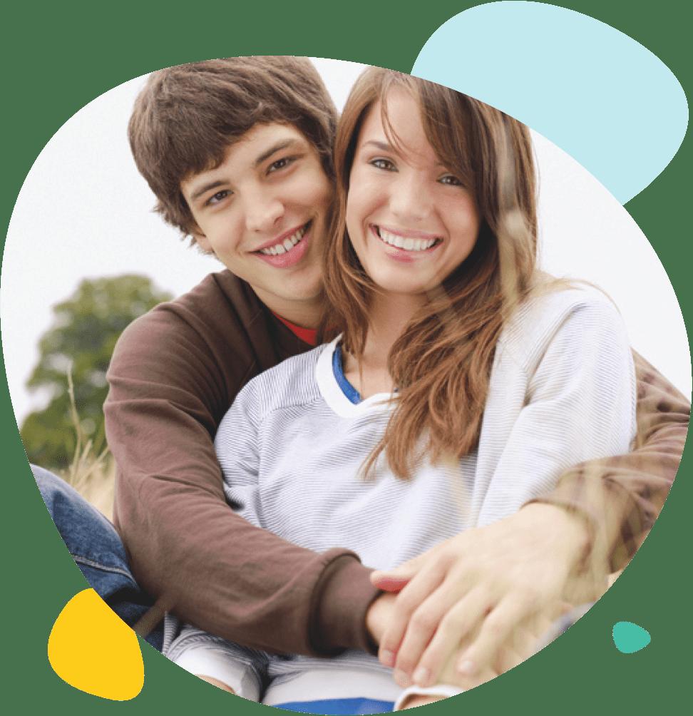 Portrait d'un couple de deux adolescents